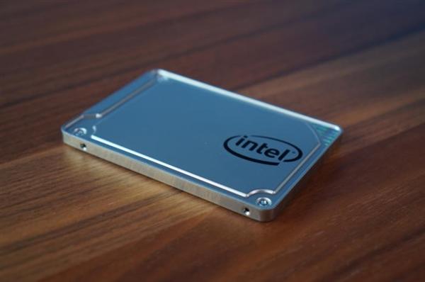 Intel SSD升级Win10 4月更新失败:反复崩溃